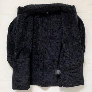 Uniqlo Jackets & Coats - Uniqlo Teddy Fleece Zip-up Jacket in Black